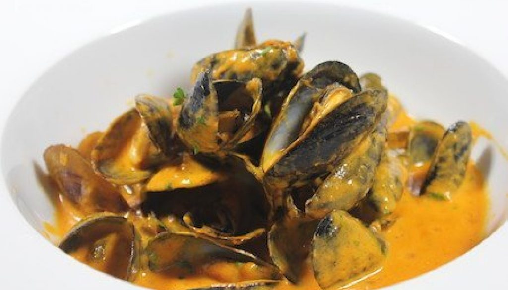 Acme-Ice-House-Mussels-30a-food-and-wine