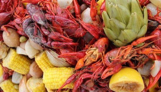 crawfish boil table close up 30afoodandwine